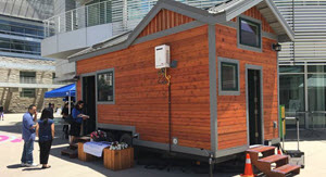 tiny-house 300 wide